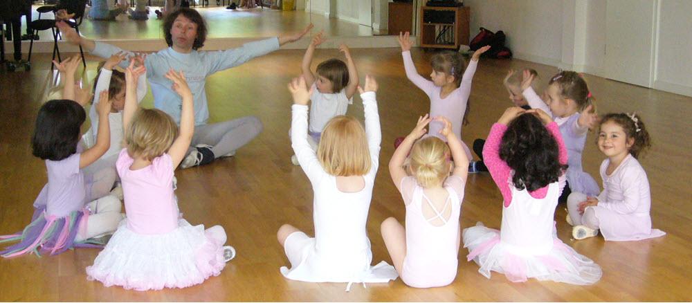 Tänzerische Früherziehung im MSH